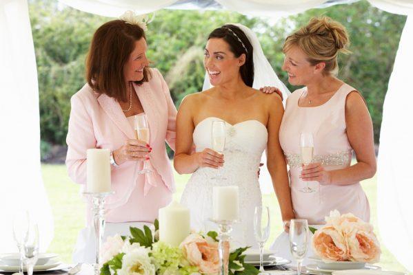 Még nem talált megfelelő alkalmi ruhát esküvőre? Fedezze fel ruhaszalonunk kínálatát!